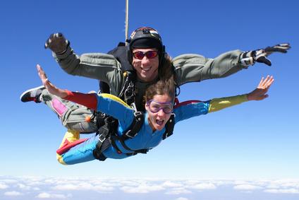 Fallschirmspringen lernen: Tandemlernen als einfachste Methode